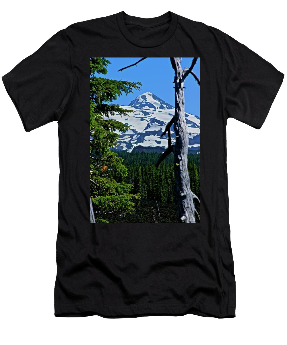 Dee Wright Observatory Men's T-Shirt (Athletic Fit) featuring the photograph In The Middle Yet Again by Laddie Halupa