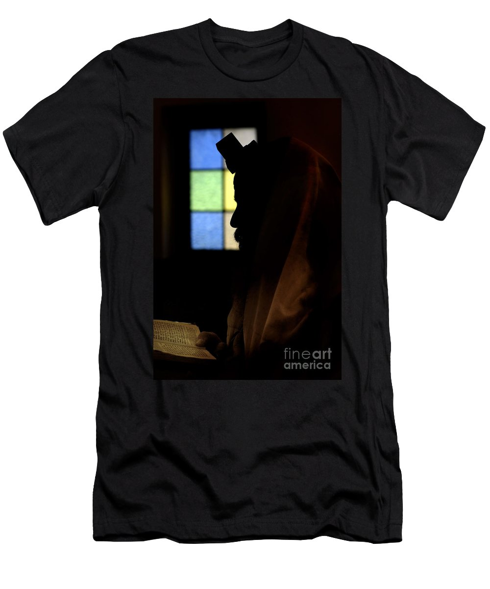 Silhouette Men's T-Shirt (Athletic Fit) featuring the photograph Jewish Man With Tallith And Tefillin by Tal Bedrack