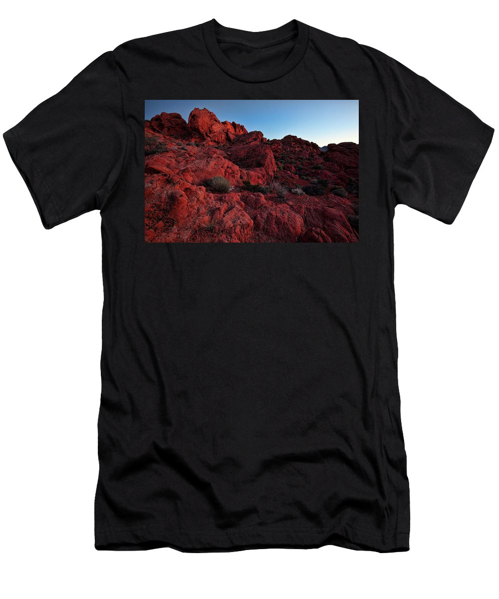 Nevada Men's T-Shirt (Athletic Fit) featuring the photograph Last Light In Valley Of Fire by Rick Berk