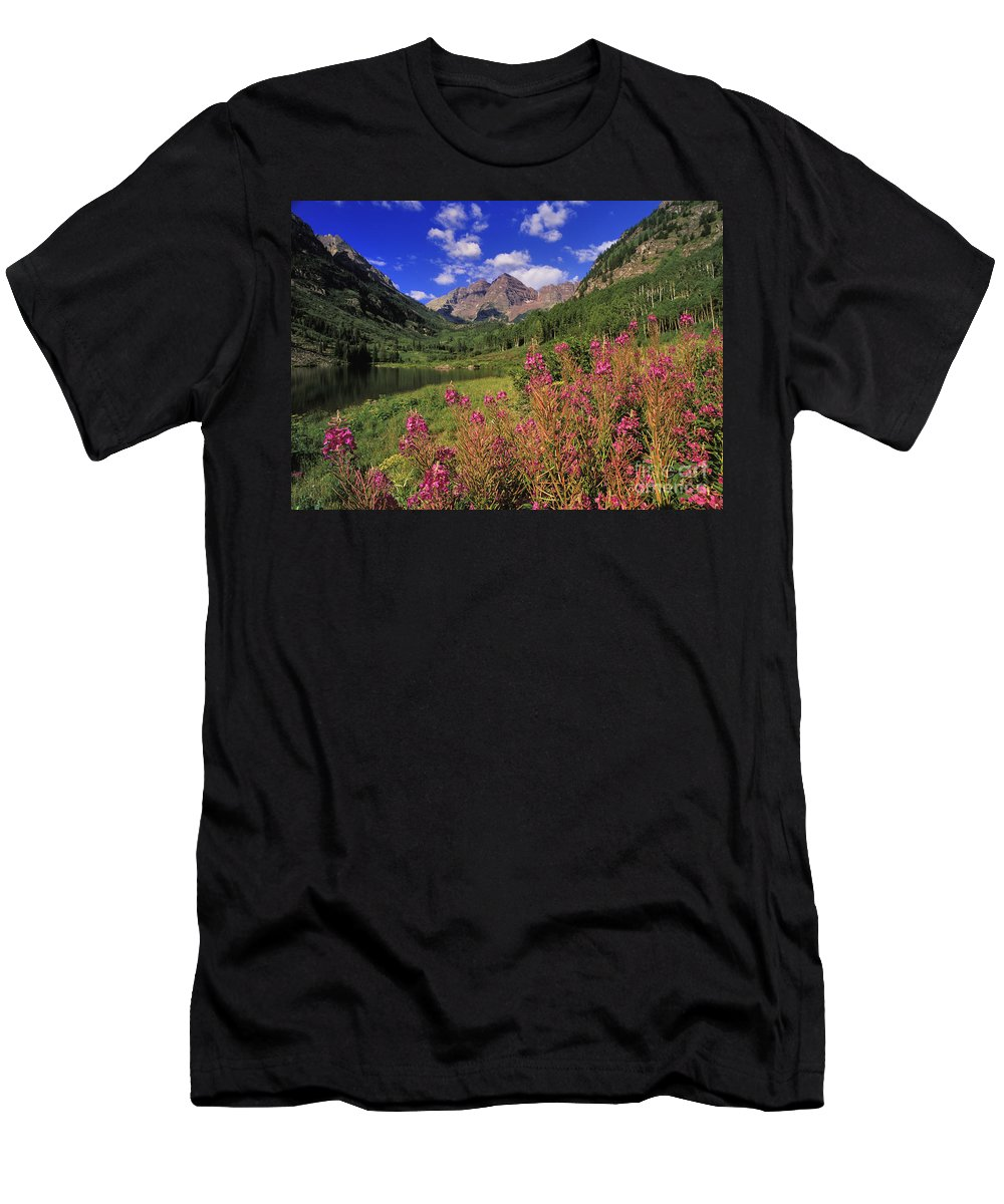 Maroon Men's T-Shirt (Athletic Fit) featuring the photograph Maroon Bells - Fm000018 by Daniel Dempster