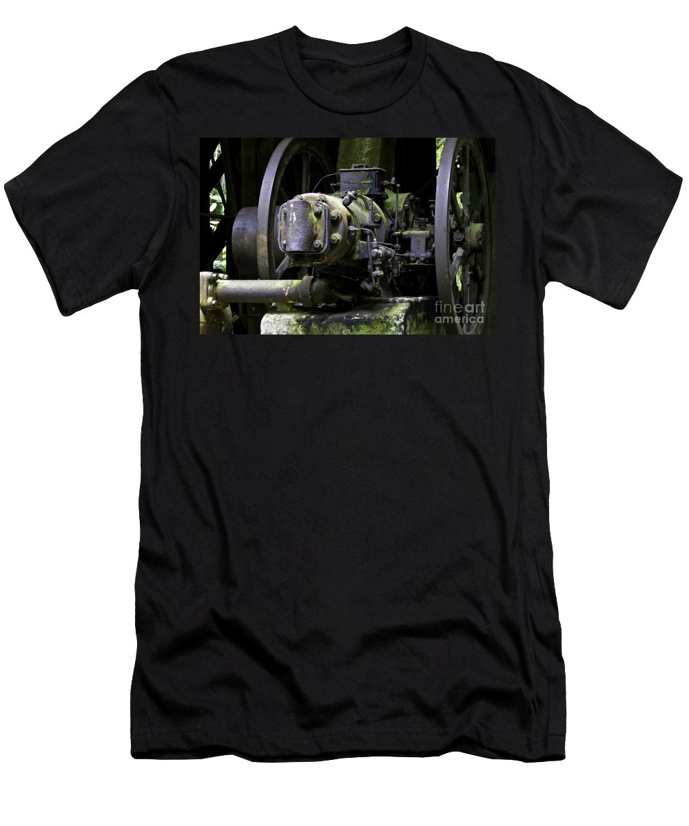 Kentucky Men's T-Shirt (Athletic Fit) featuring the photograph Old Time Equipment by Ken Frischkorn