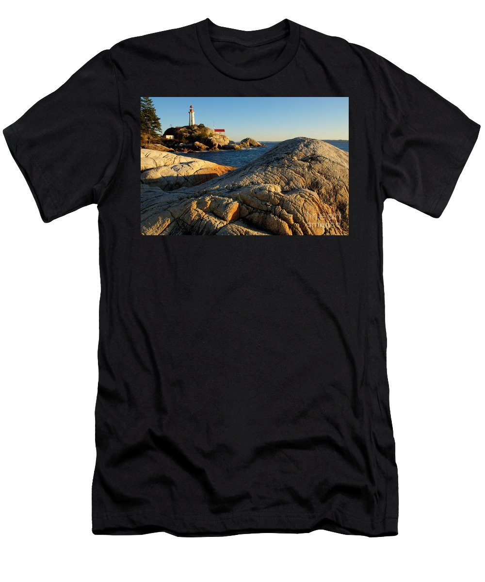 Vancouver Men's T-Shirt (Athletic Fit) featuring the photograph Point Atchison Lighthouse 1 by Bob Christopher