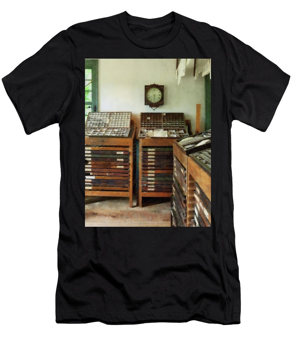 Printer Men's T-Shirt (Athletic Fit) featuring the photograph Print Shop by Susan Savad