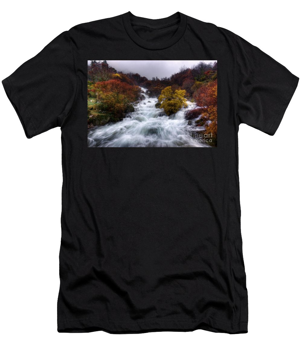 Autumn Men's T-Shirt (Athletic Fit) featuring the photograph Rapid Waters by Carlos Caetano