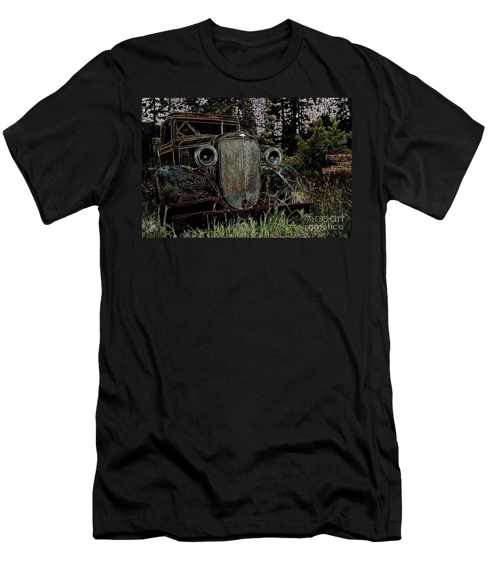 Cars Men's T-Shirt (Athletic Fit) featuring the photograph Riding Ysteryear by Jeff Swan