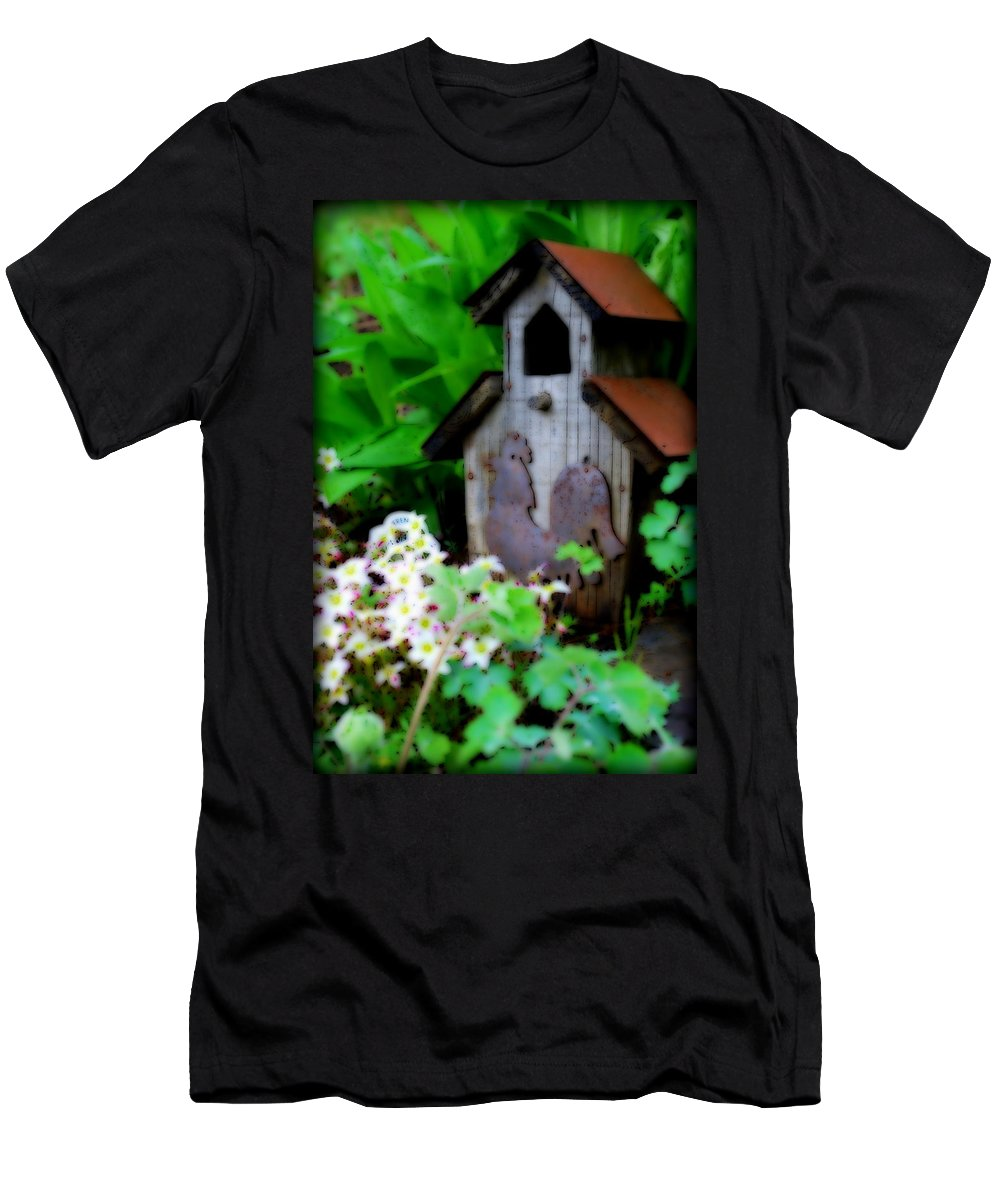 House Men's T-Shirt (Athletic Fit) featuring the photograph Rooster Birdhouse by Kathy Sampson