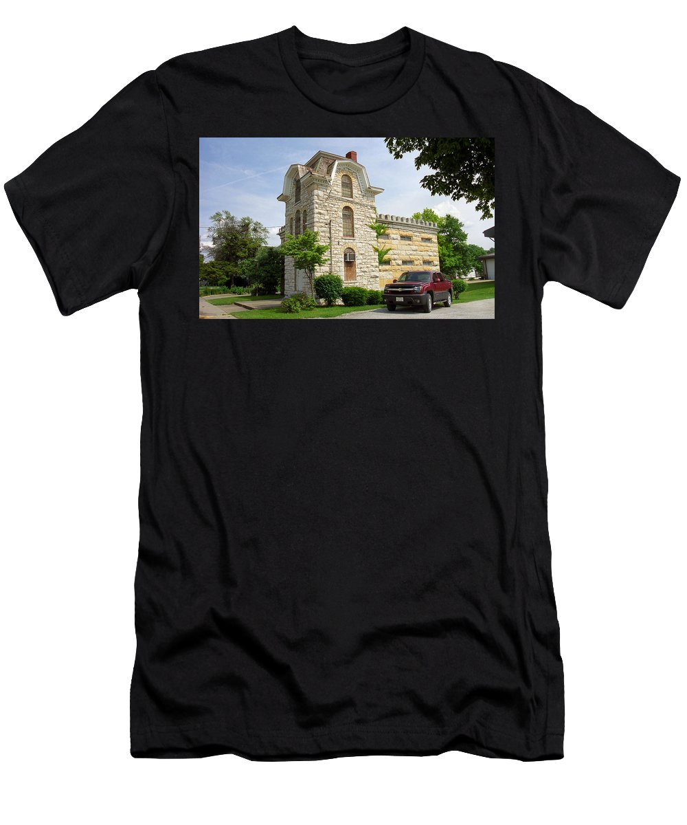 66 Men's T-Shirt (Athletic Fit) featuring the photograph Route 66 - Macoupin County Jail by Frank Romeo