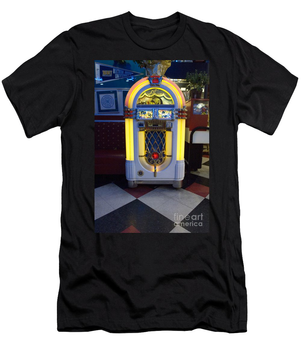 Wurlitzer Men's T-Shirt (Athletic Fit) featuring the photograph Route 66 Wurlitzer by Bob Christopher