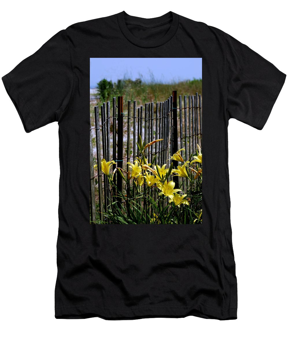 Beach Men's T-Shirt (Athletic Fit) featuring the photograph Rusty And New by Skip Willits