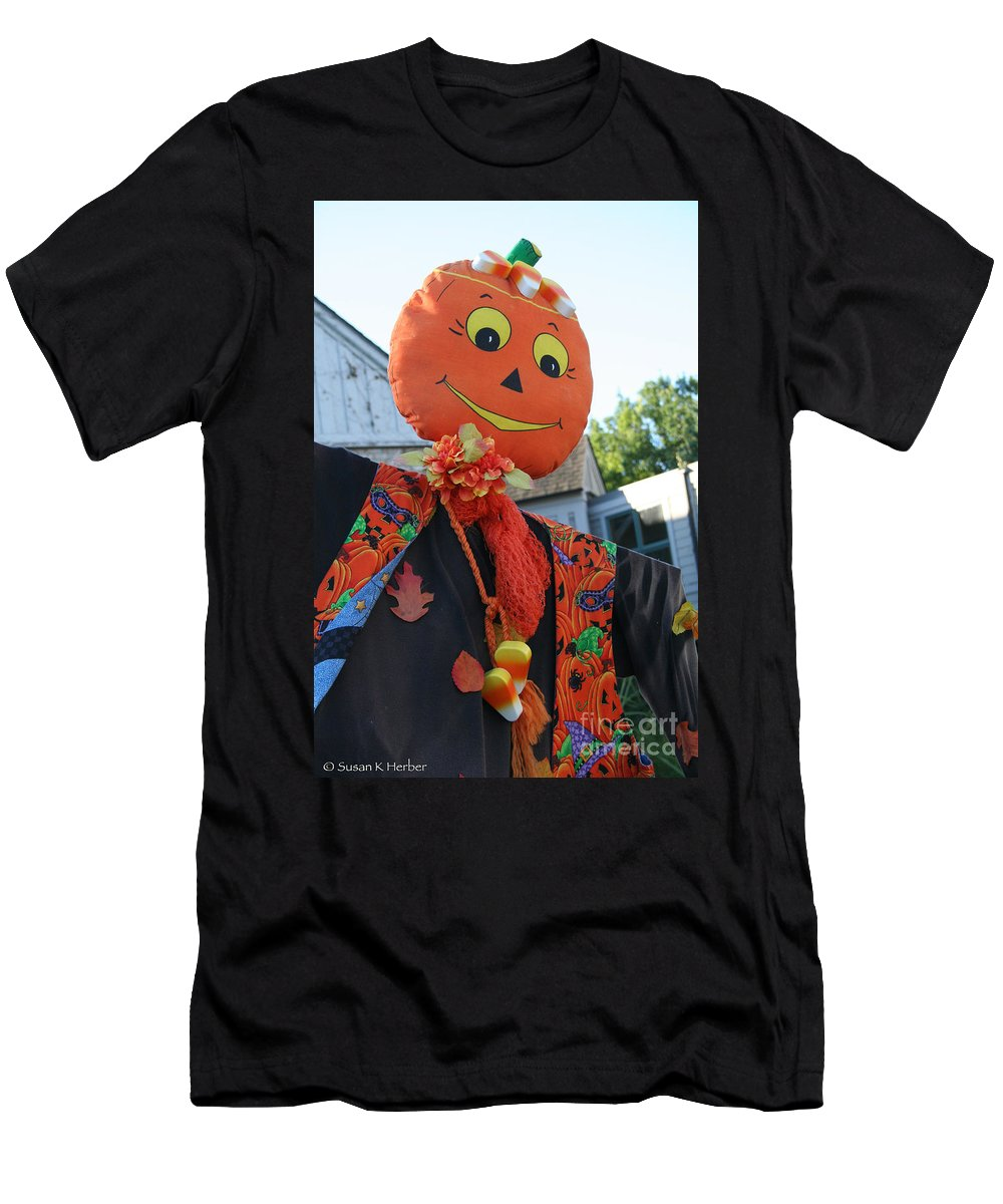 Fall Men's T-Shirt (Athletic Fit) featuring the photograph Scarecrow Candy by Susan Herber