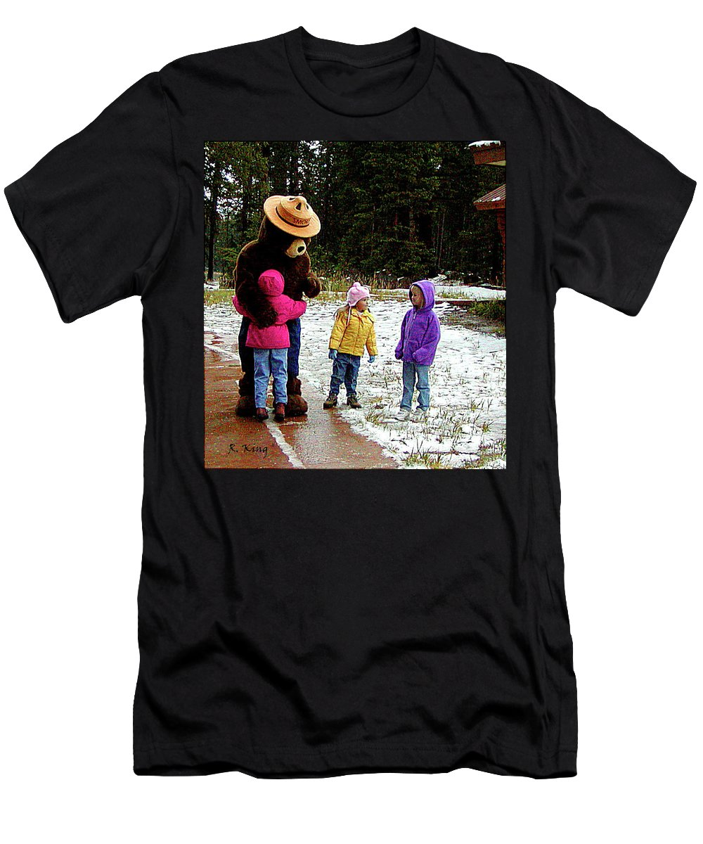 Roena King Men's T-Shirt (Athletic Fit) featuring the photograph Smokey And The Girls by Roena King