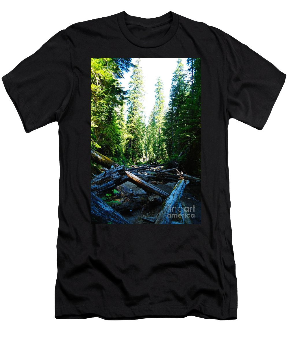 Trees Men's T-Shirt (Athletic Fit) featuring the photograph Snag On Iron Creek by Jeff Swan