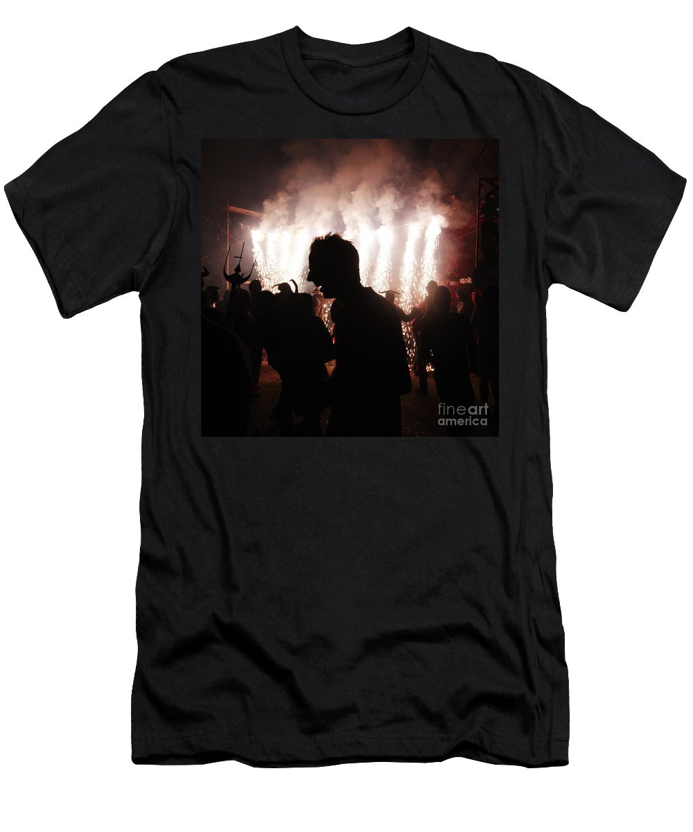 Fuego Men's T-Shirt (Athletic Fit) featuring the photograph Spark Backlighting by Agusti Pardo Rossello