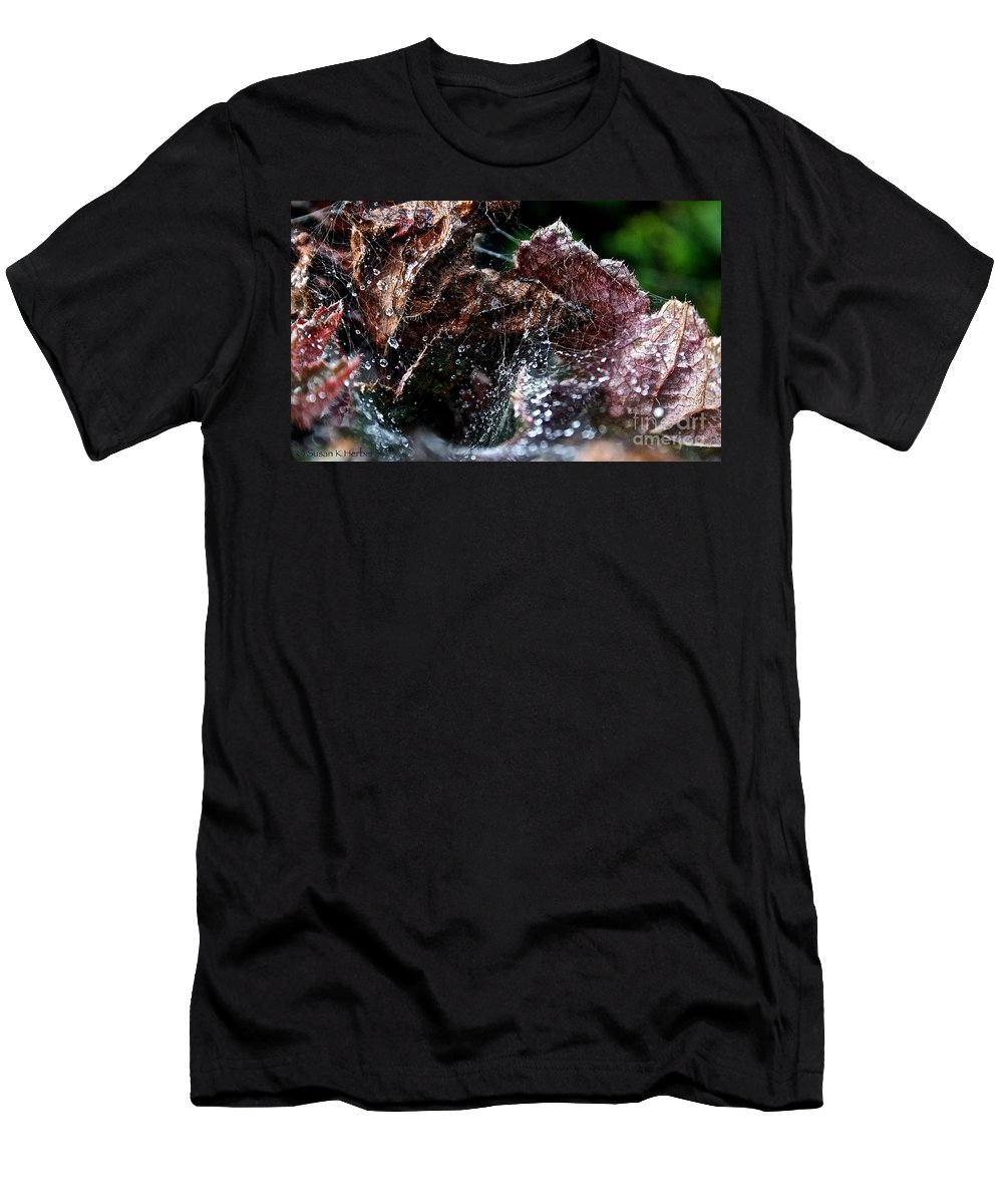 Plant Men's T-Shirt (Athletic Fit) featuring the photograph Spiderman's Lair by Susan Herber