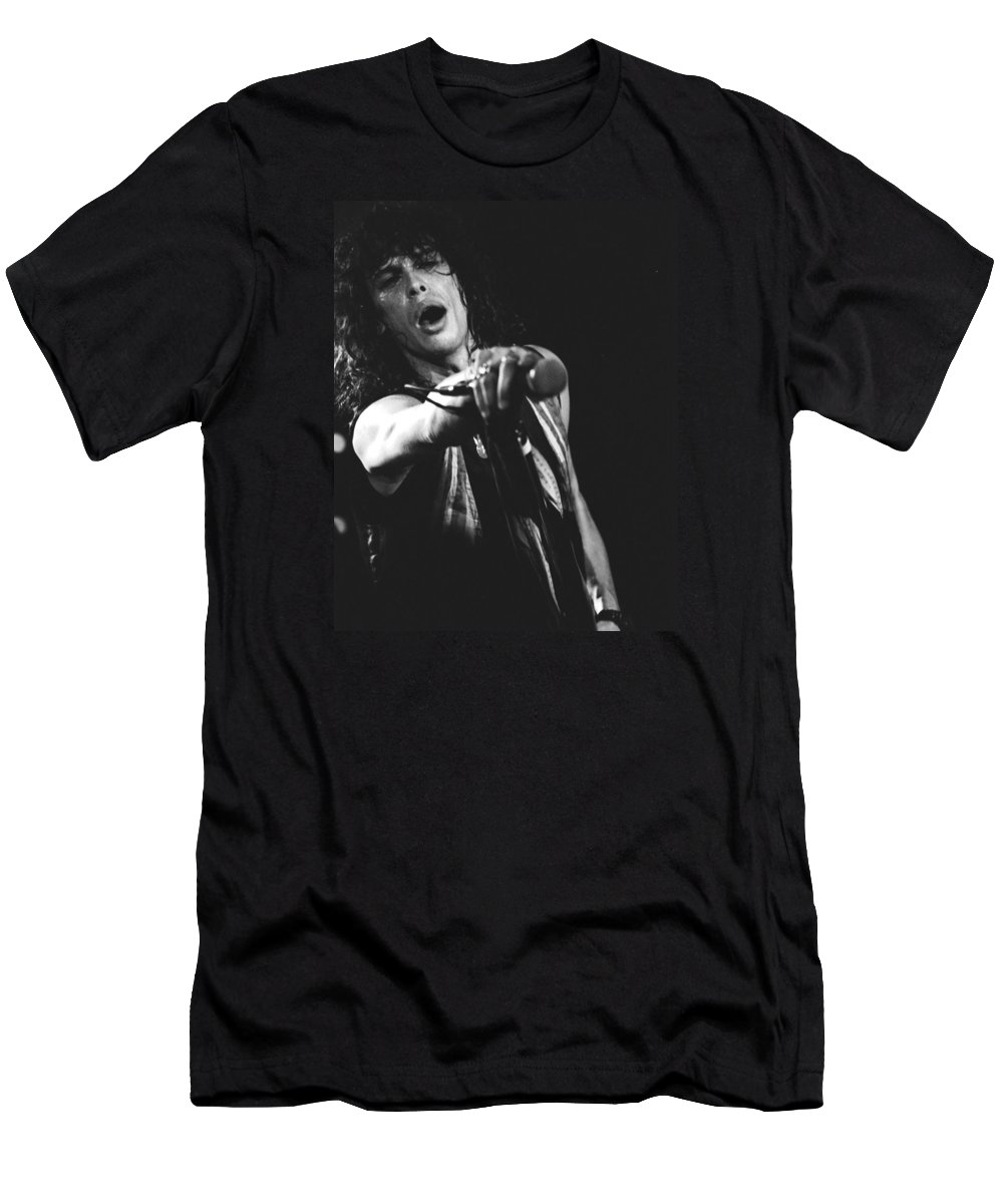 Aerosmith Men's T-Shirt (Athletic Fit) featuring the photograph Steven In Spokane 16 by Ben Upham