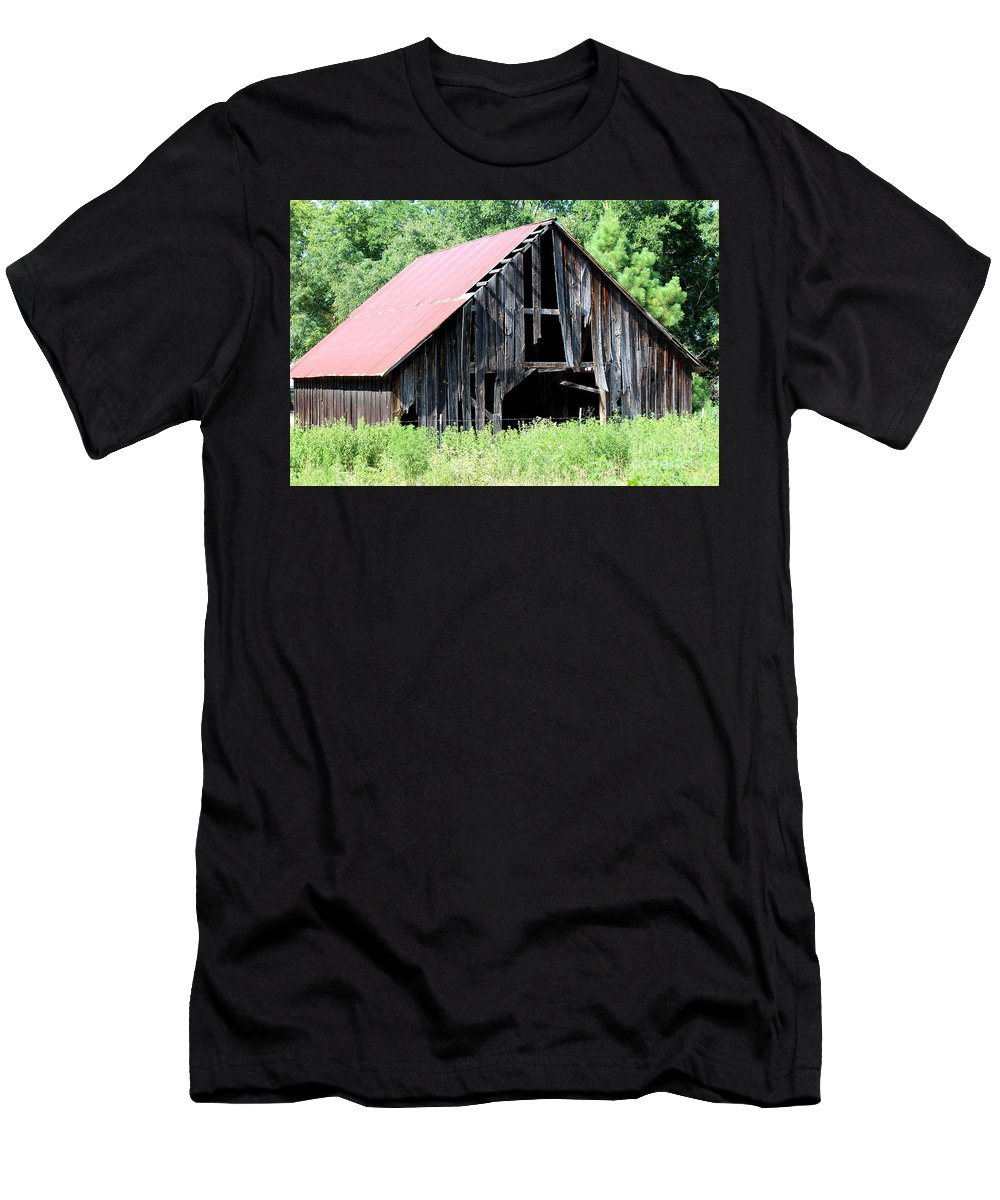 Old Barn Men's T-Shirt (Athletic Fit) featuring the photograph Still Standing by Kathy White