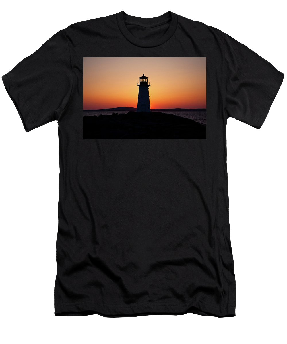Lighthouse Men's T-Shirt (Athletic Fit) featuring the photograph Sunset At Peggy's Cove by Bill Lindsay