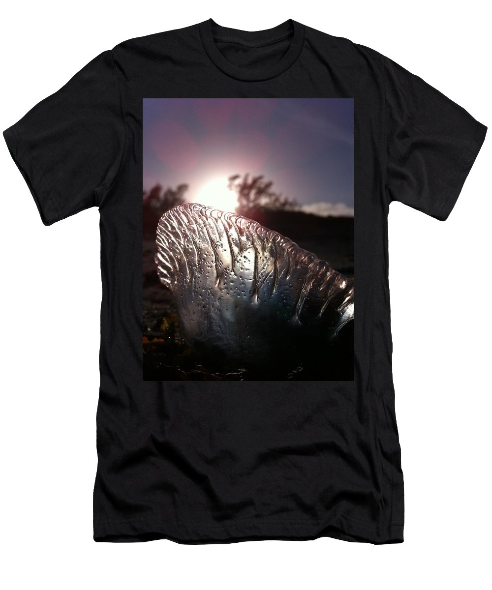 Sun Men's T-Shirt (Athletic Fit) featuring the photograph Sunset For Man-o-war by Kimberly Mohlenhoff