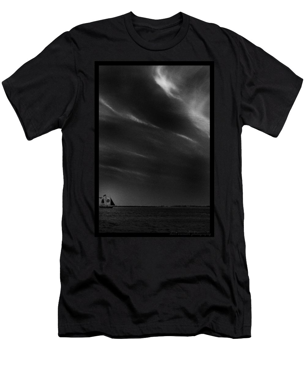 Black And White Men's T-Shirt (Athletic Fit) featuring the photograph Sweeping B And W by Sheri Bartoszek
