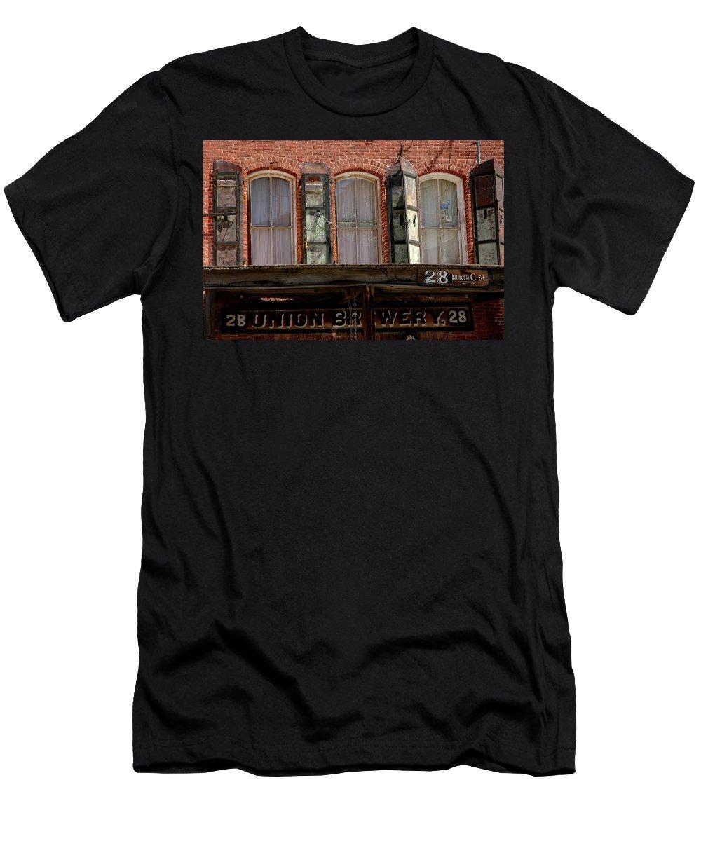 Usa Men's T-Shirt (Athletic Fit) featuring the photograph Union Brewery Virginia City Nv by LeeAnn McLaneGoetz McLaneGoetzStudioLLCcom