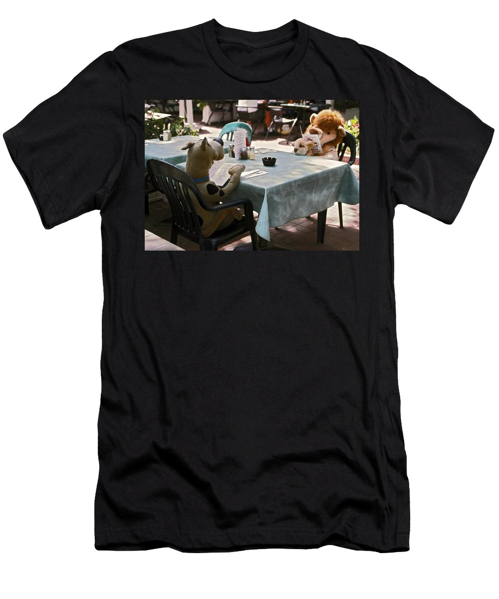 2 Large Stuffed Animals Sitting Reading Menus Men's T-Shirt (Athletic Fit) featuring the photograph Unusual Diners by Sally Weigand
