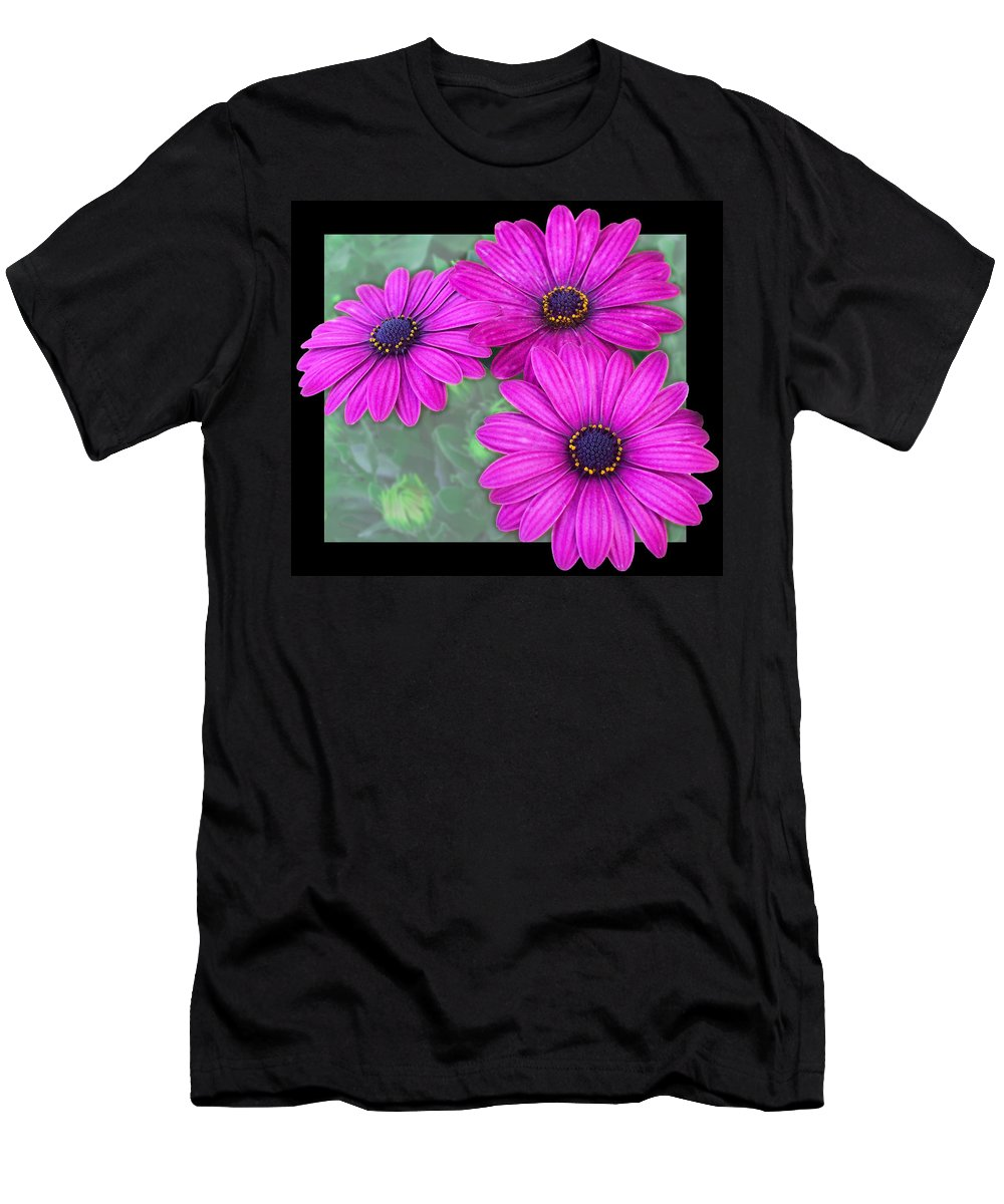 Nature Men's T-Shirt (Athletic Fit) featuring the photograph Yellow Eyliner by Debbie Portwood