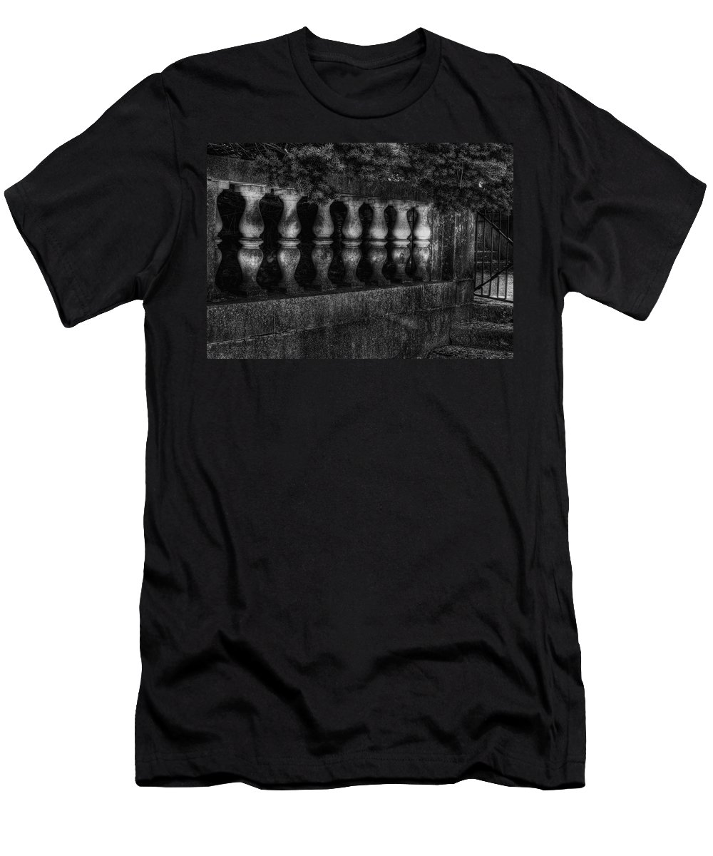 Pine Tree Men's T-Shirt (Athletic Fit) featuring the photograph Columns And Pine by Chris Fleming