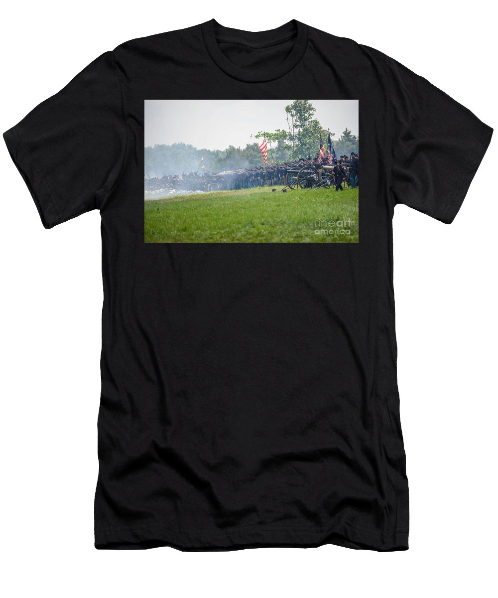 150th Men's T-Shirt (Athletic Fit) featuring the photograph Gettysburg Union Infantry 9968c by Cynthia Staley