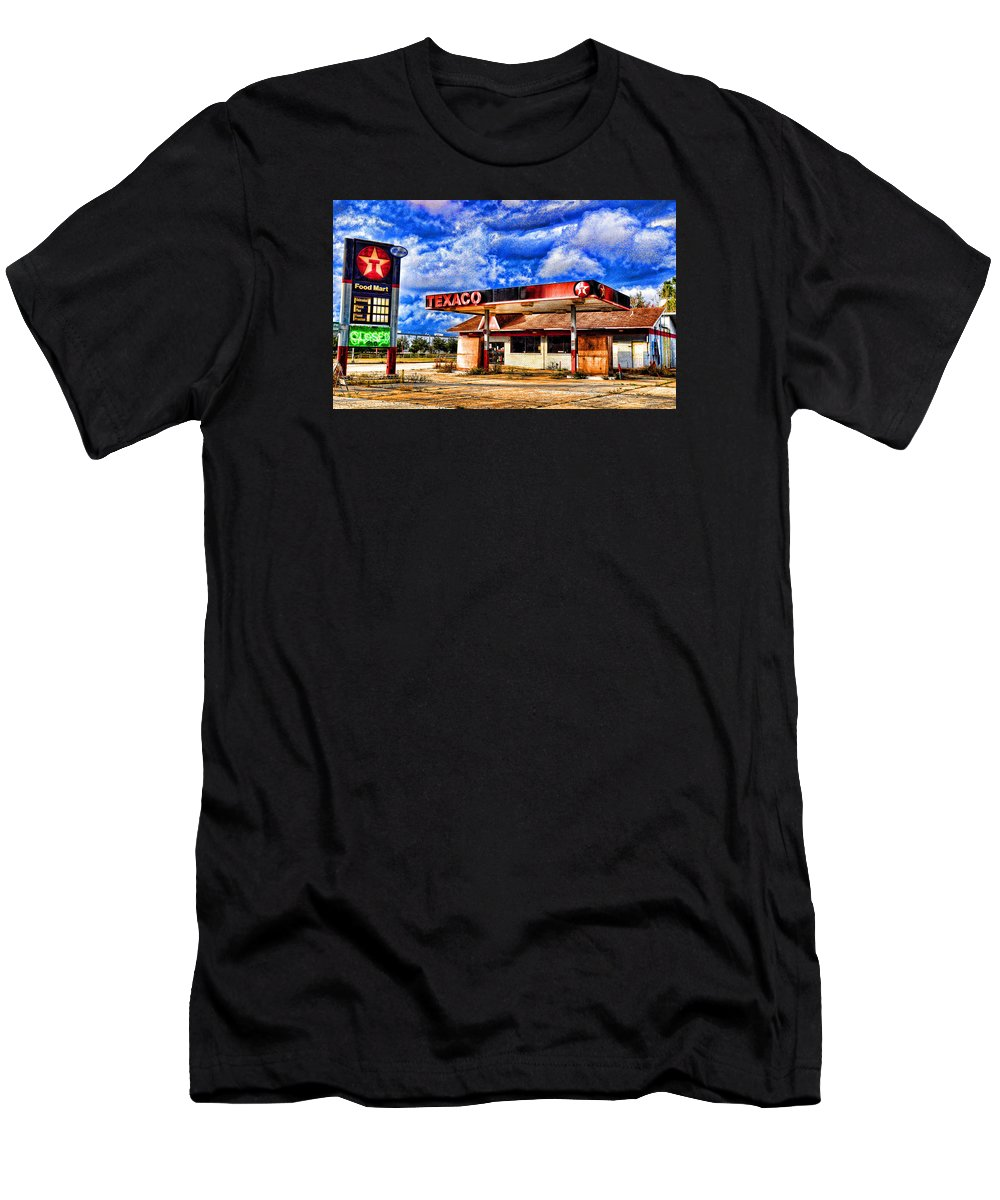 Texaco Men's T-Shirt (Athletic Fit) featuring the photograph  Lone Star by Don and Sheryl Cooper
