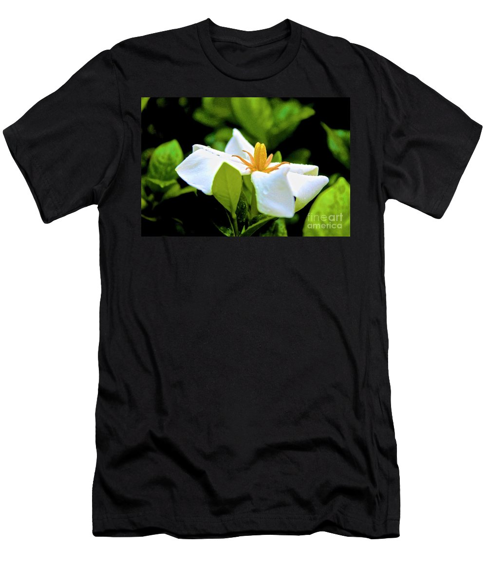 Canon T3i Eos Rebel Men's T-Shirt (Athletic Fit) featuring the photograph 01142017084 by Debbie L Foreman