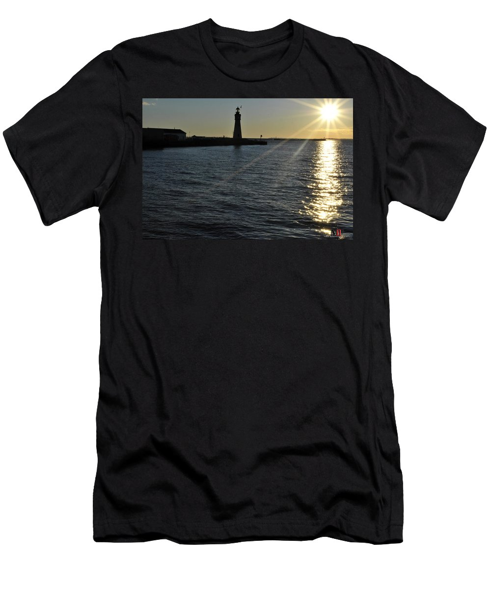 Buffalo Men's T-Shirt (Athletic Fit) featuring the photograph 03 Sunset 16mar16 by Michael Frank Jr