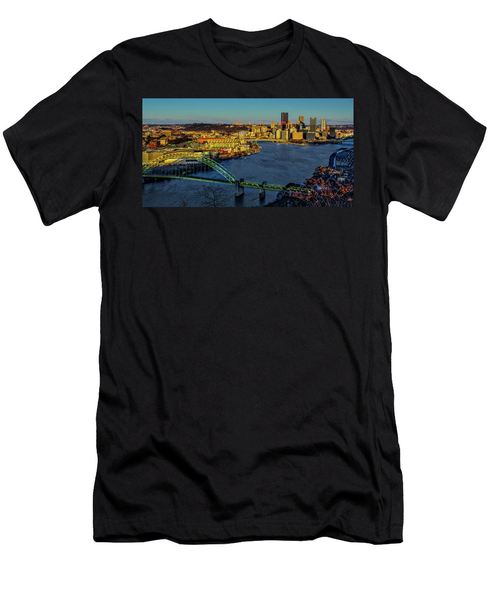 Pennsylvania Men's T-Shirt (Athletic Fit) featuring the photograph Cityscape by Stewart Helberg