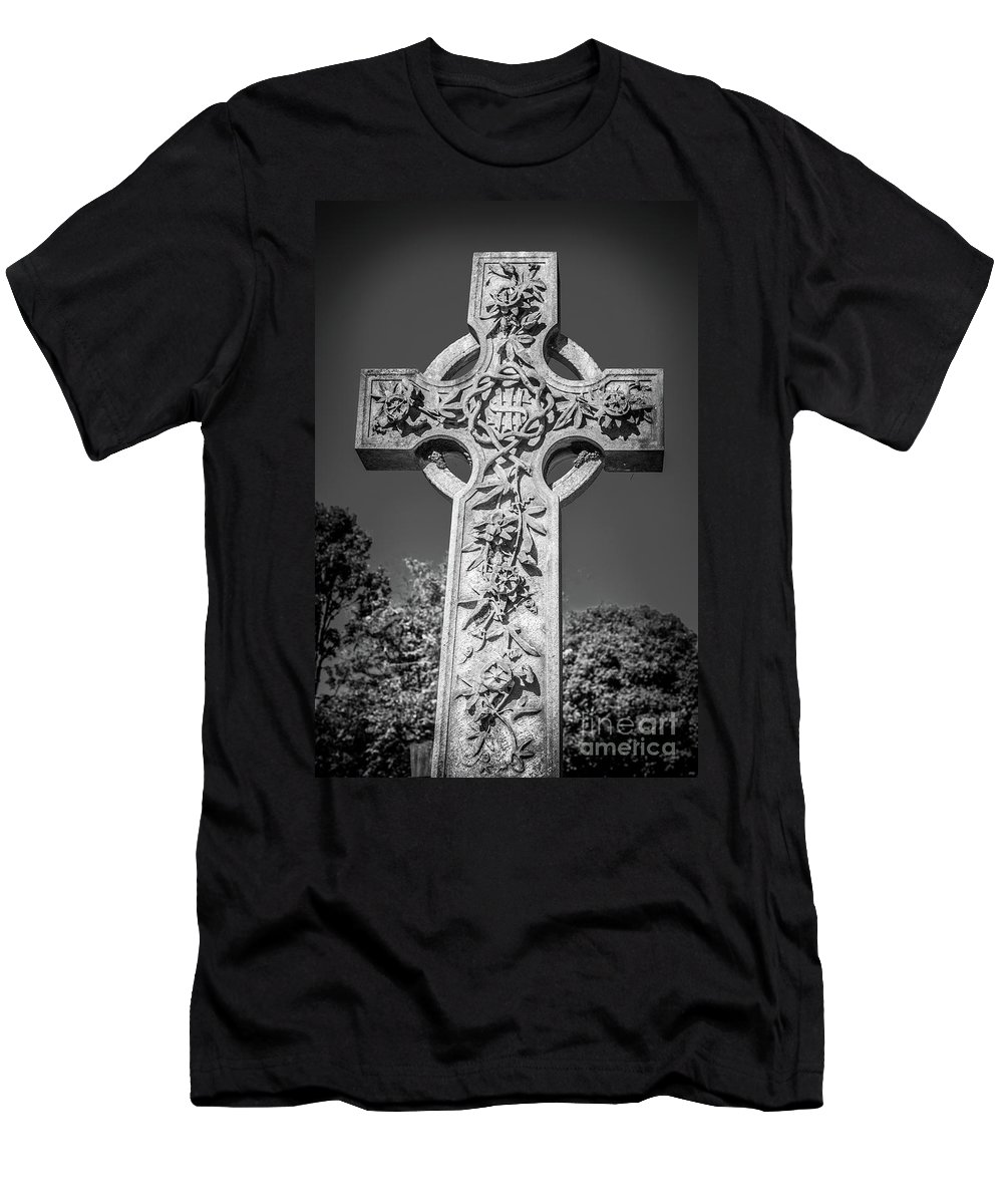 Peaceful Men's T-Shirt (Athletic Fit) featuring the photograph Cross by F Helm