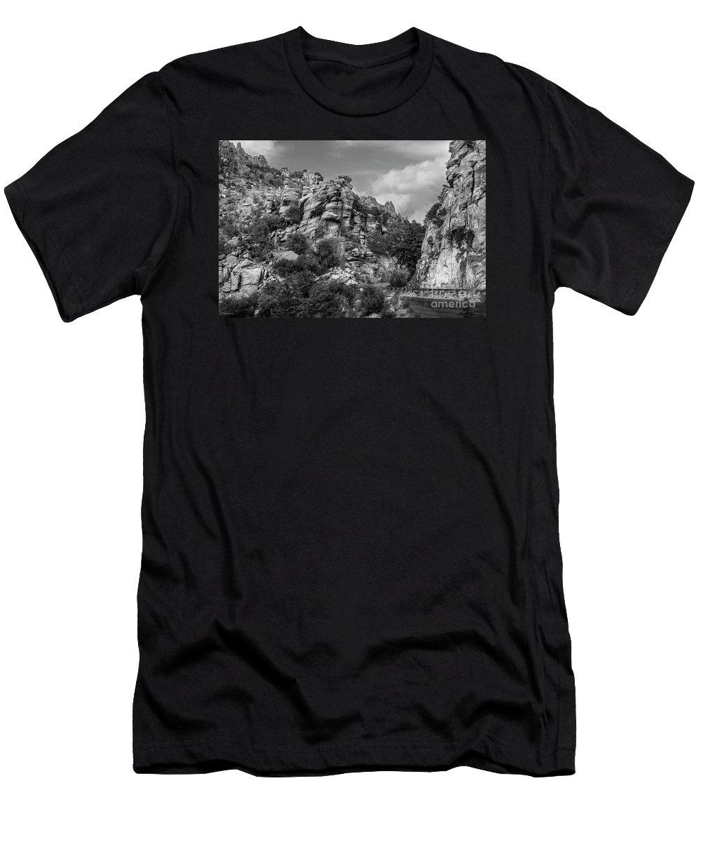 Desert Men's T-Shirt (Athletic Fit) featuring the photograph Desert Mountain Drive by Korrine Holt