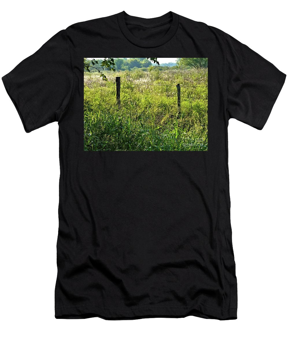 Early Men's T-Shirt (Athletic Fit) featuring the photograph Early Autumn by Gary Richards