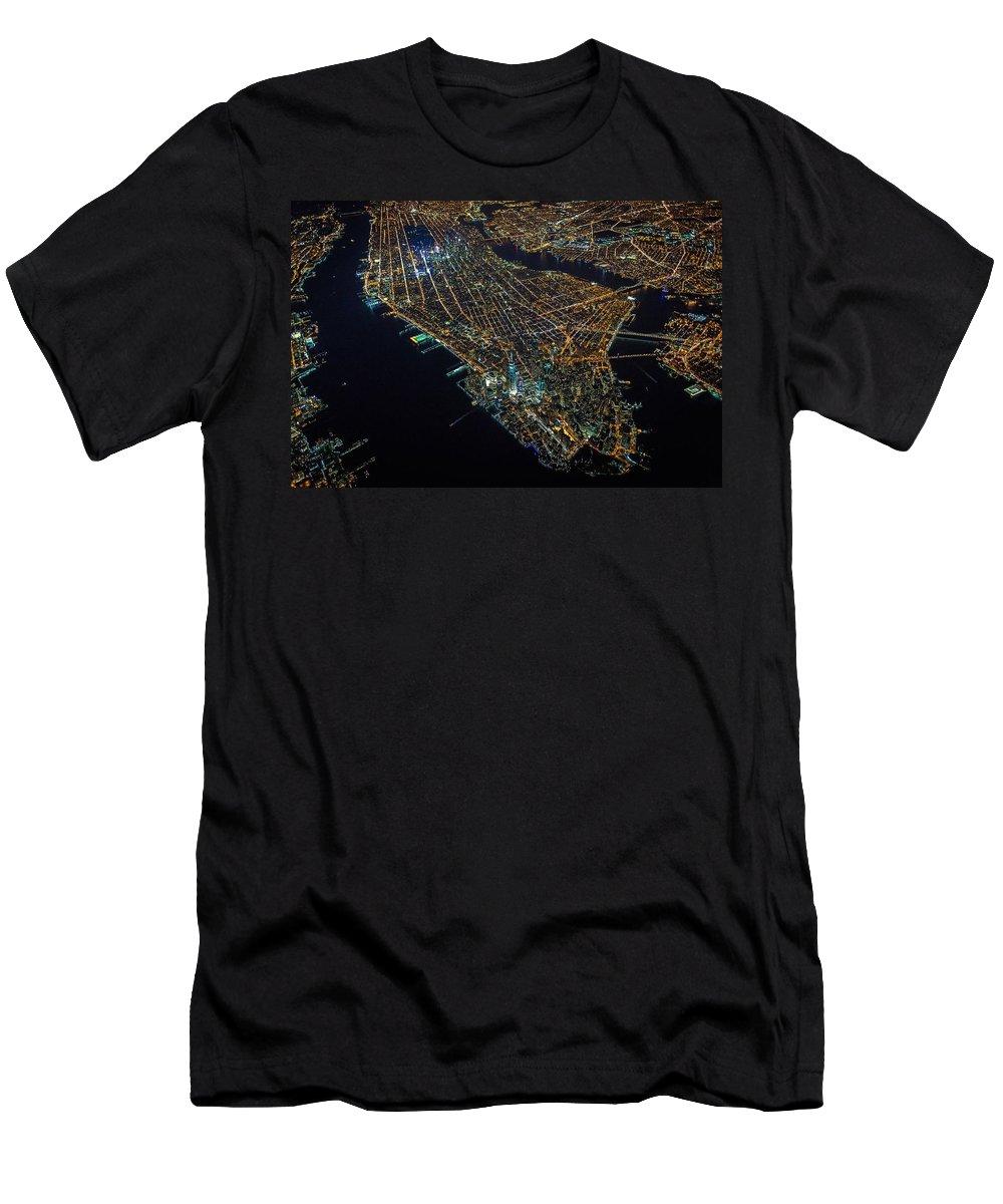 Manhattan T-Shirt featuring the digital art Manhattan by Maye Loeser