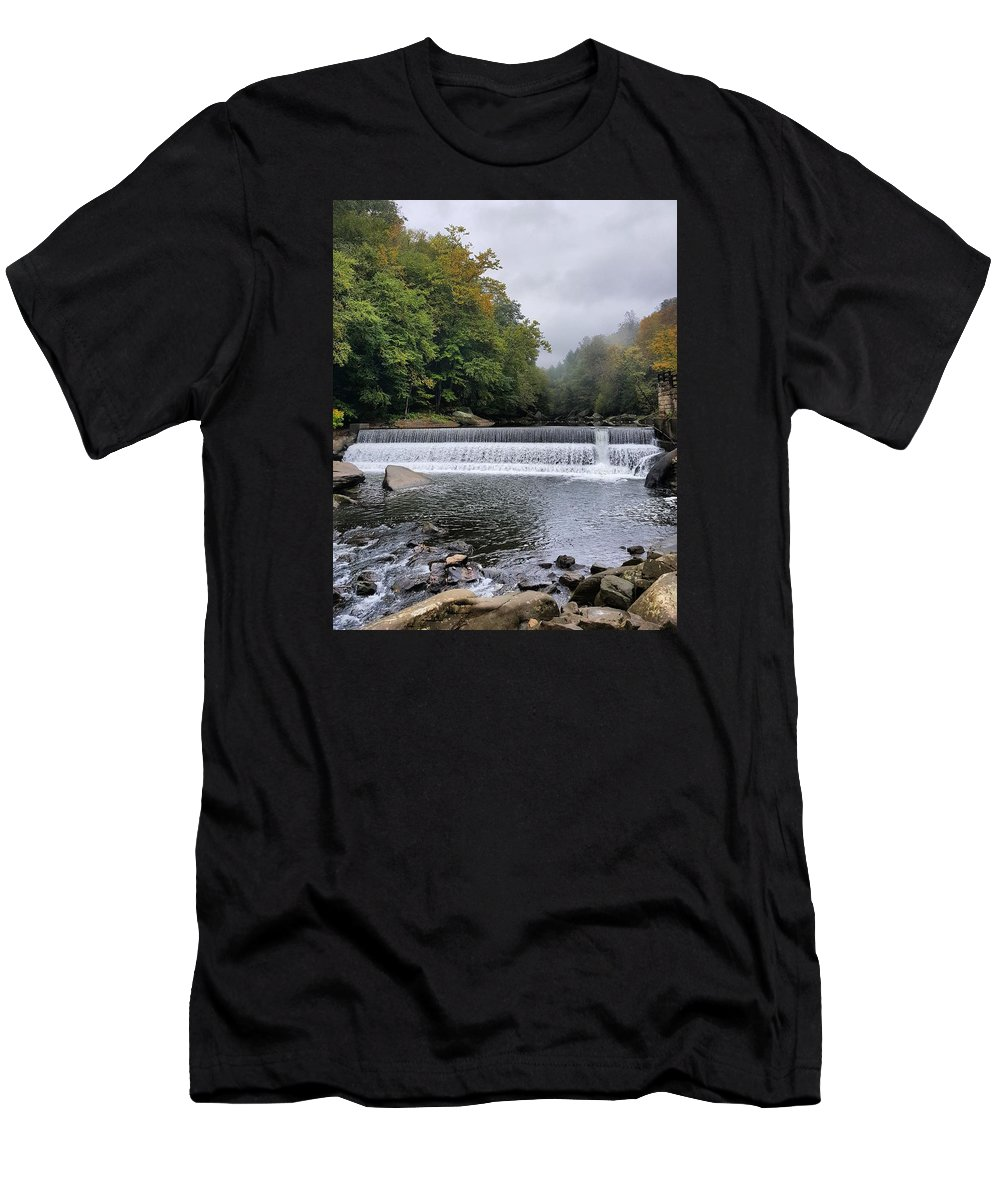 Lake Men's T-Shirt (Athletic Fit) featuring the photograph Mcconnell State Park, Pennsylvania by Yazid Ismail