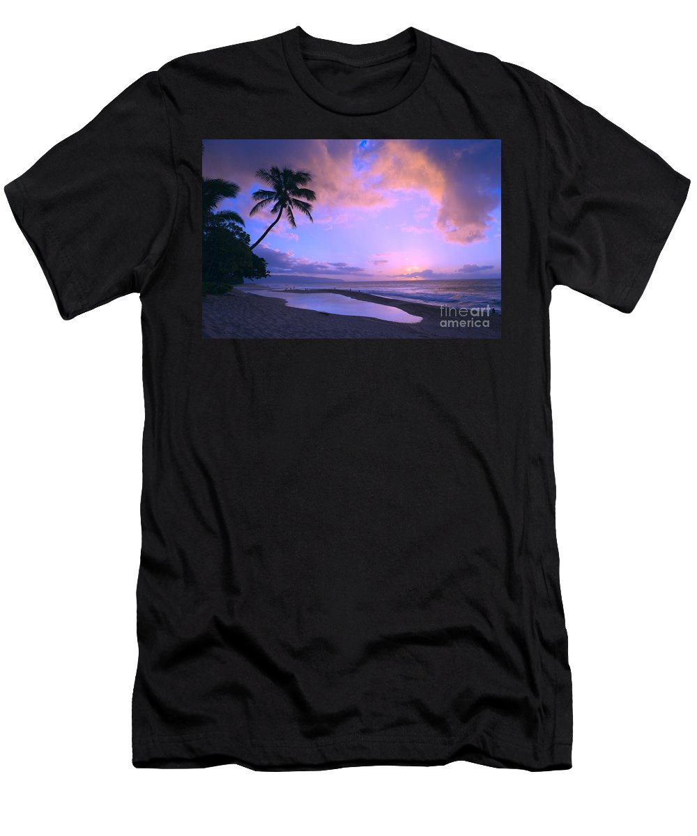 Beach Men's T-Shirt (Athletic Fit) featuring the photograph Oahu, North Shore by Dana Edmunds - Printscapes