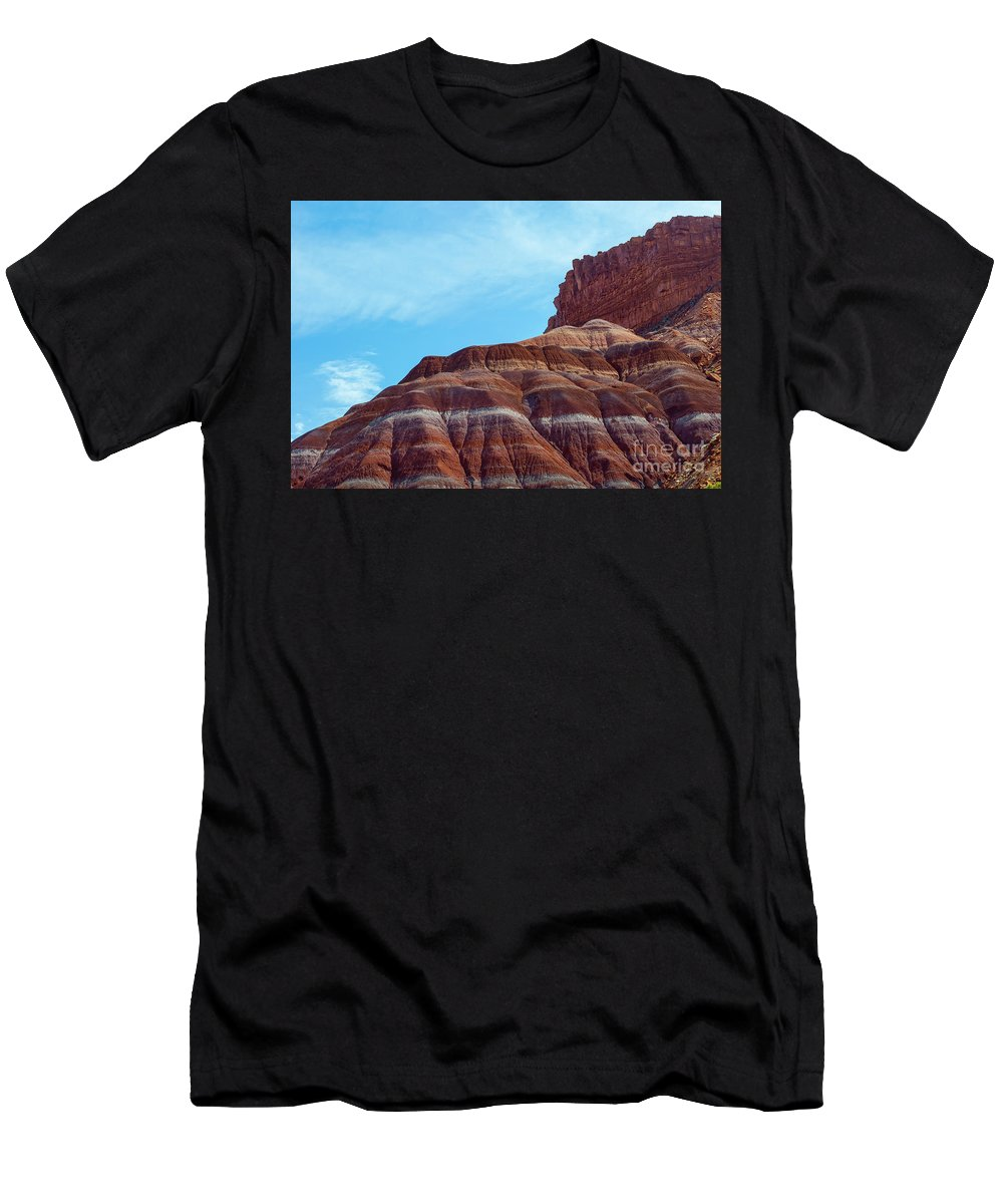 Paria Men's T-Shirt (Athletic Fit) featuring the photograph Pieces by Jerry Sellers