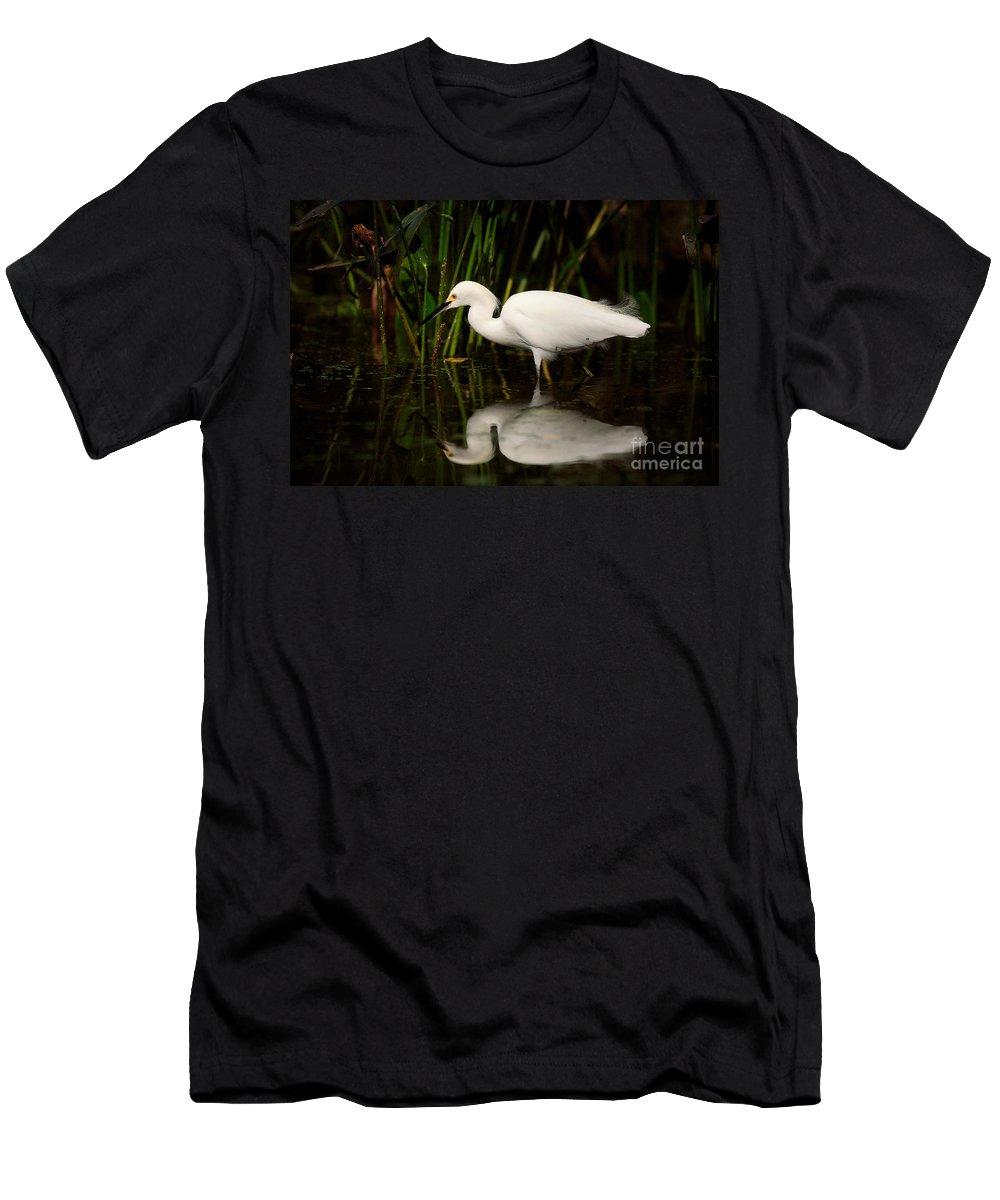 Snowy Egret Men's T-Shirt (Athletic Fit) featuring the photograph Snowy Egret by Matt Suess
