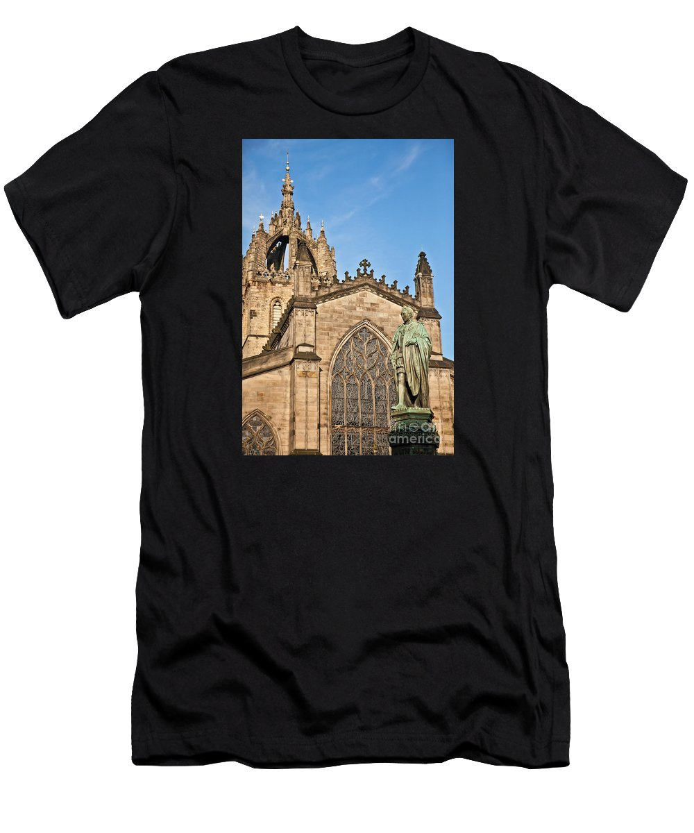 Edinburgh Men's T-Shirt (Athletic Fit) featuring the photograph St Giles Cathedral Edinburgh by Liz Leyden