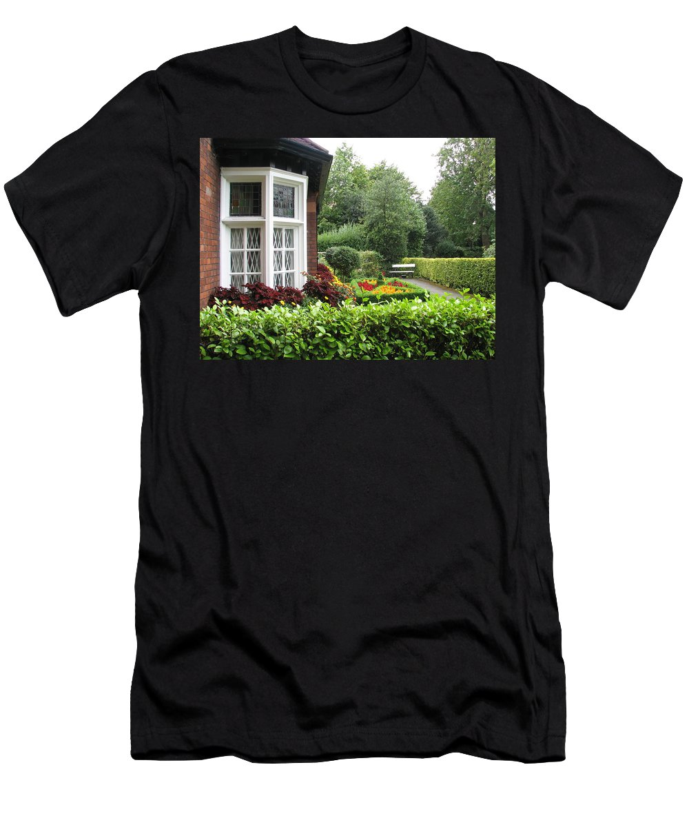 St. Stephen's Green Men's T-Shirt (Athletic Fit) featuring the photograph St. Stephen's Green by Kelly Mezzapelle