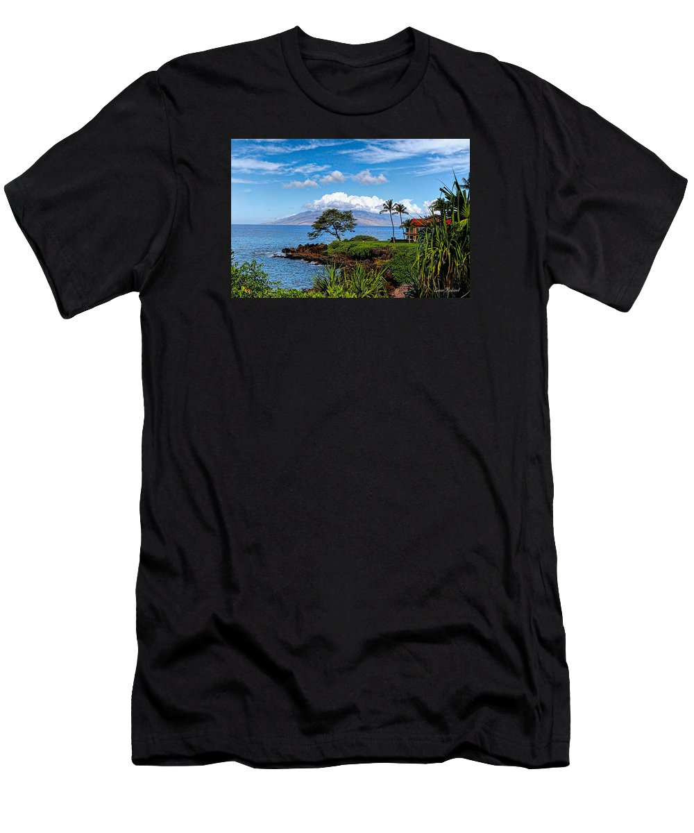 2015 Men's T-Shirt (Athletic Fit) featuring the photograph Wailea Point by Leon Roland