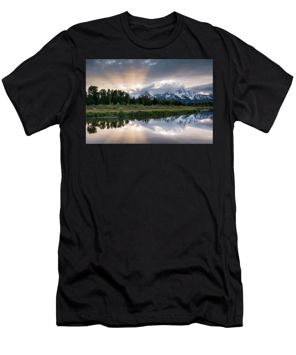 Sunset Men's T-Shirt (Athletic Fit) featuring the photograph Wyoming Sunset by Jeremy Duguid
