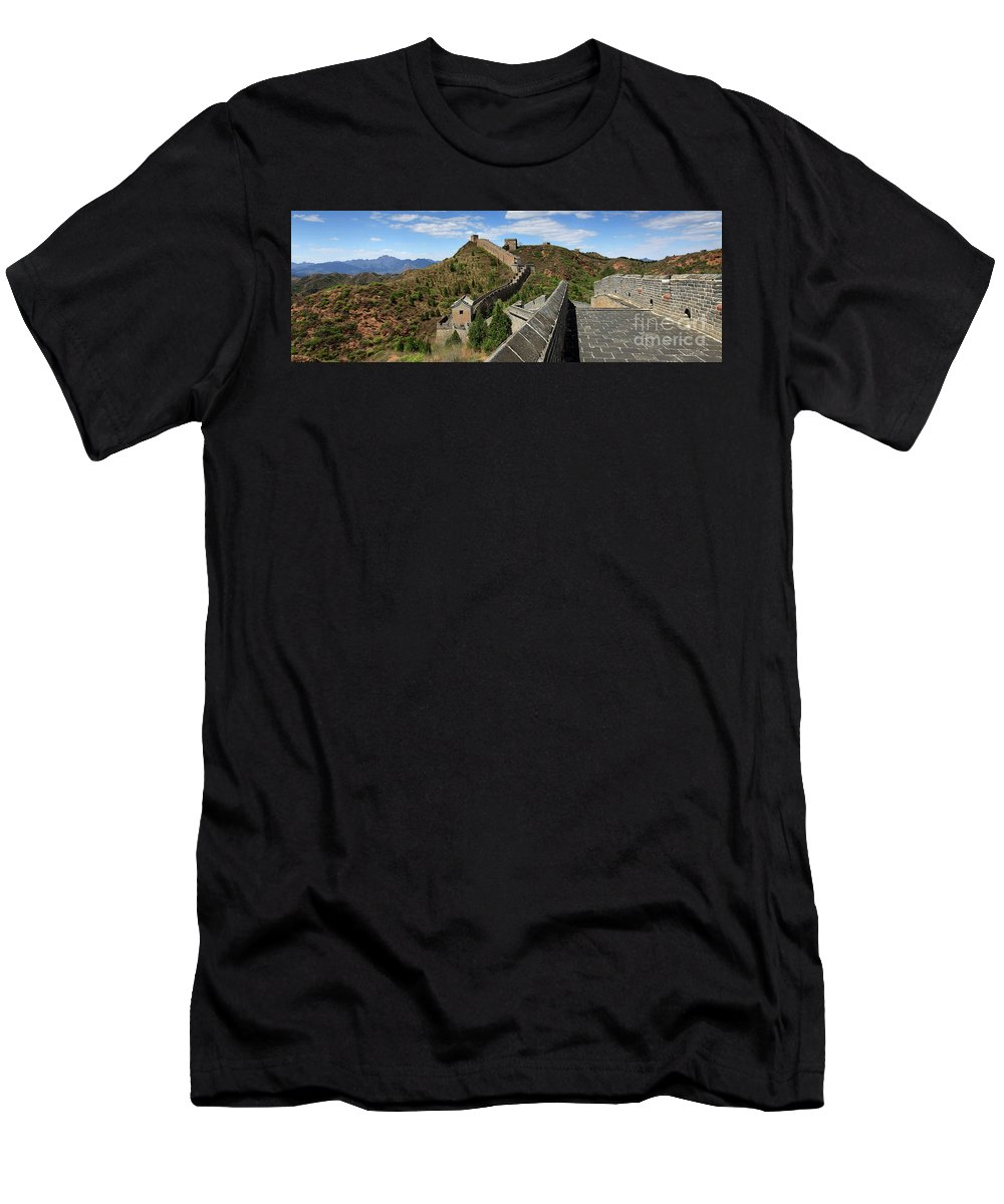 Jinshanling Village Men's T-Shirt (Athletic Fit) featuring the photograph The Great Wall Of China Near Jinshanling Village, Beijing by Dave Porter
