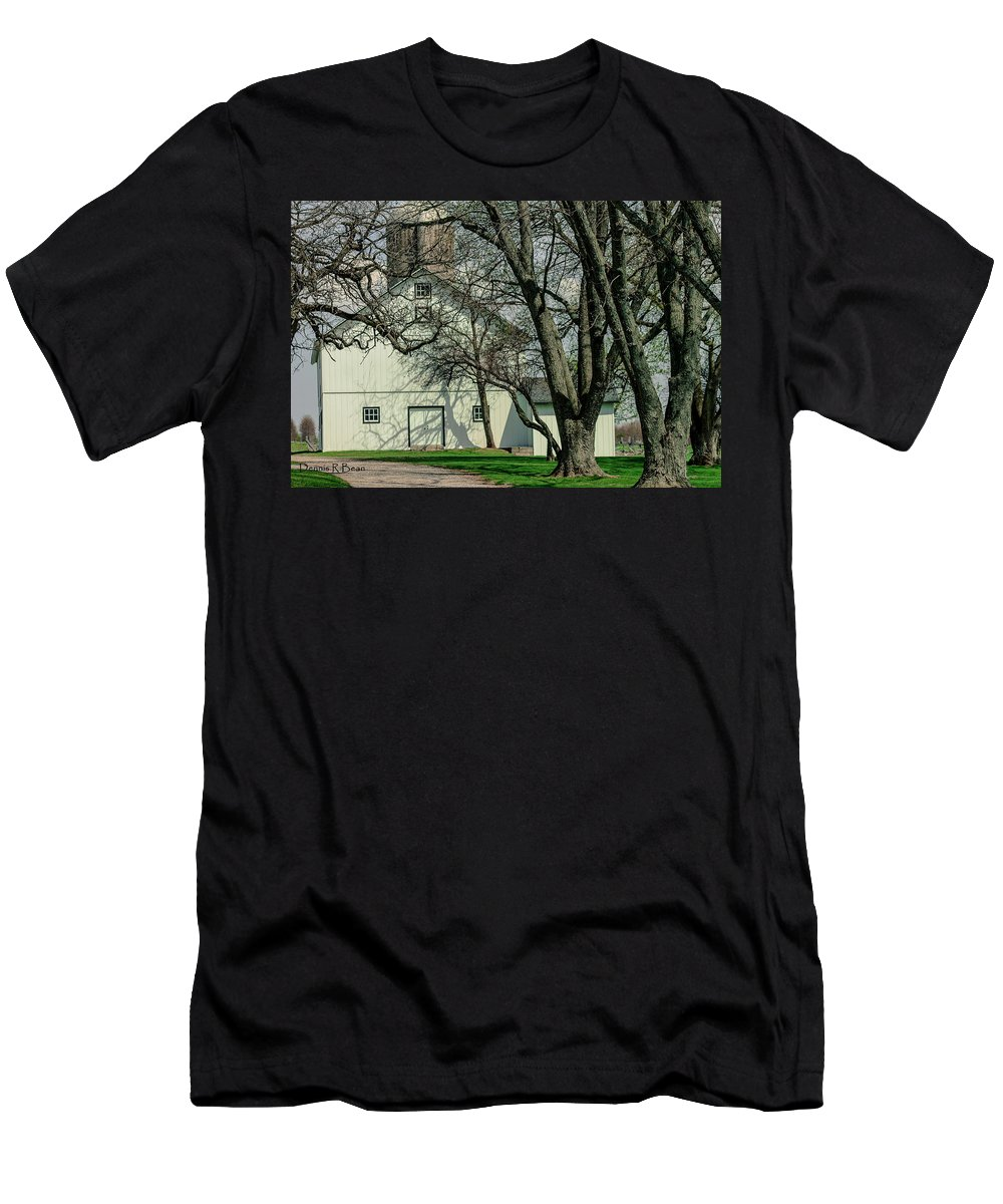 Barn Men's T-Shirt (Athletic Fit) featuring the photograph 168 Marshfield Farm by Dennis R Bean