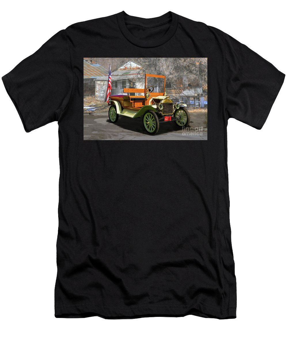 1917 Men's T-Shirt (Athletic Fit) featuring the photograph 1917 Ford Model Tt by Nick Gray