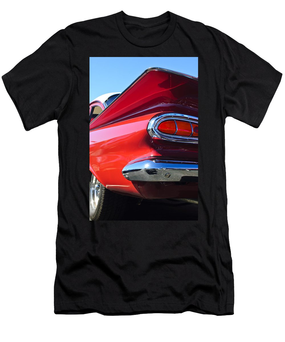 1959 Chevrolet Biscayne Men's T-Shirt (Athletic Fit) featuring the photograph 1959 Chevrolet Biscayne Taillight by Jill Reger