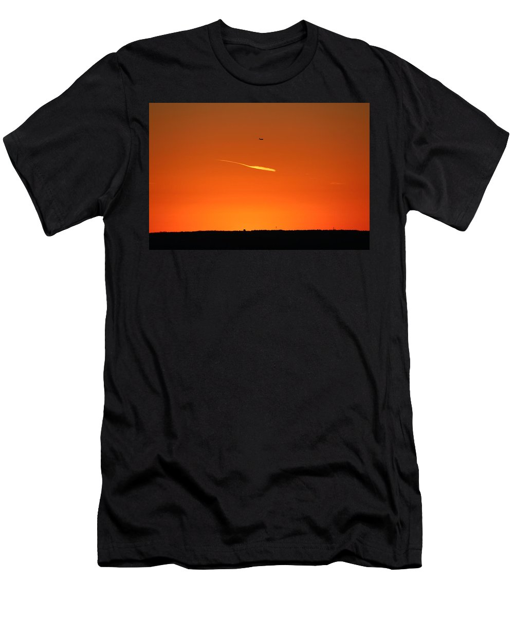 Sunset Men's T-Shirt (Athletic Fit) featuring the photograph Just Shoot by Ismae Miranda
