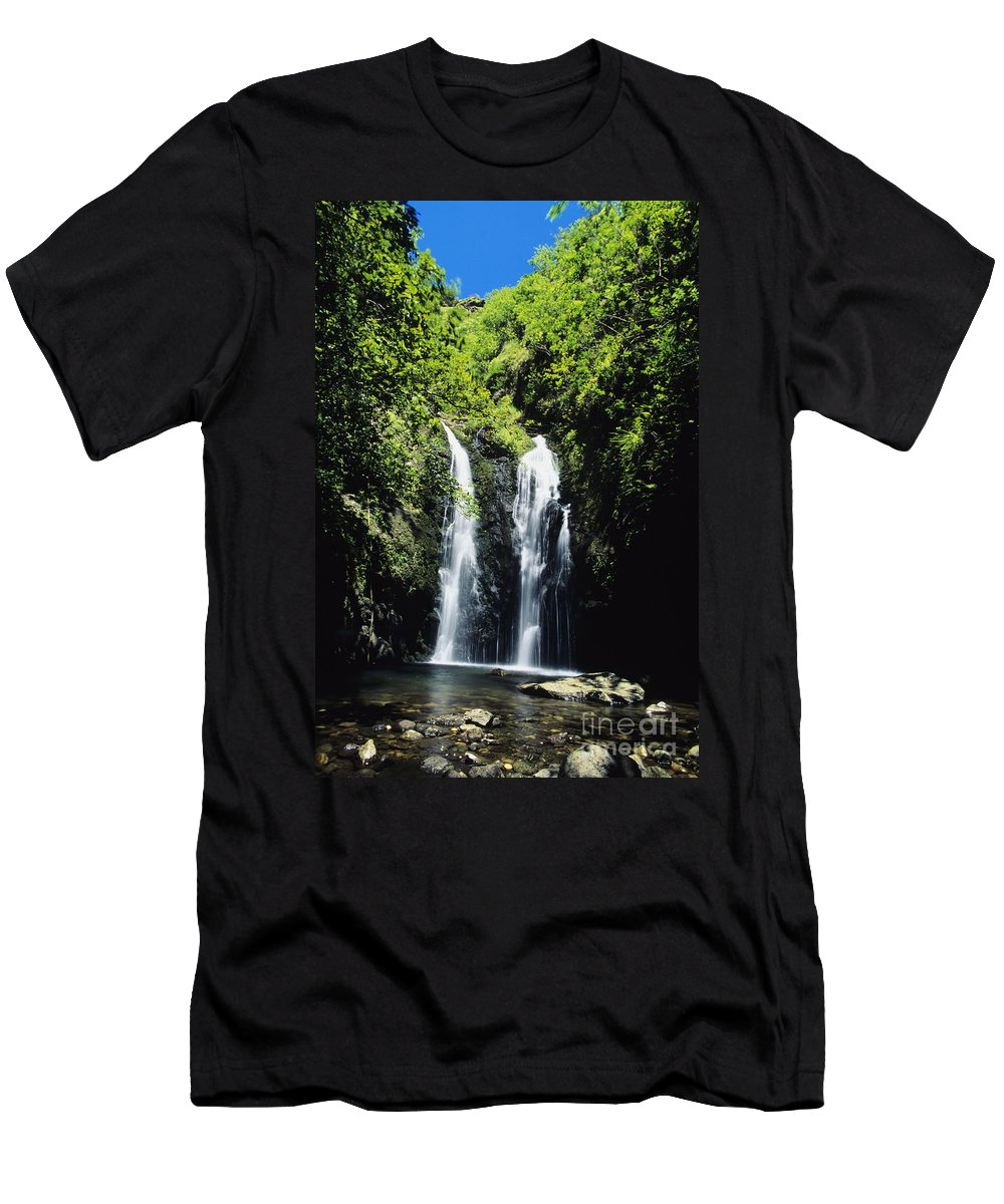 Amid Men's T-Shirt (Athletic Fit) featuring the photograph Maui Waterfall by Dave Fleetham - Printscapes